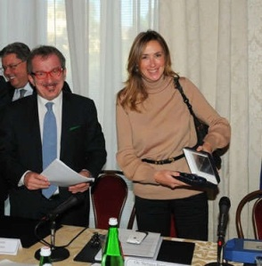 Governo Berlusconi III: ottavo mese
