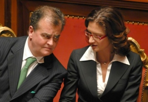 Governo Berlusconi IV: quinto mese