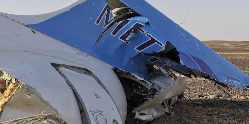 Aereo russo precipitato nel Sinai: attentato!