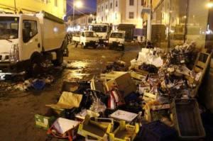 A Livorno rifiuti per le strade