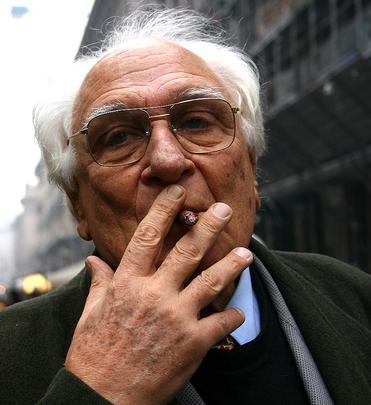 Marco Pannella è morto. Adesso non dovrà più preoccuparsi di dover interrompere il suo sciopero della fame.