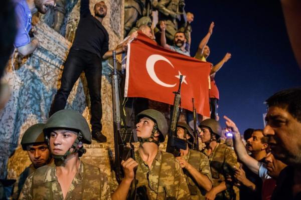 Le conseguenze del tentato colpo di stato in Turchia