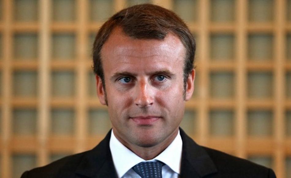 Francia: Macron esce dal governo e fonda il suo partito