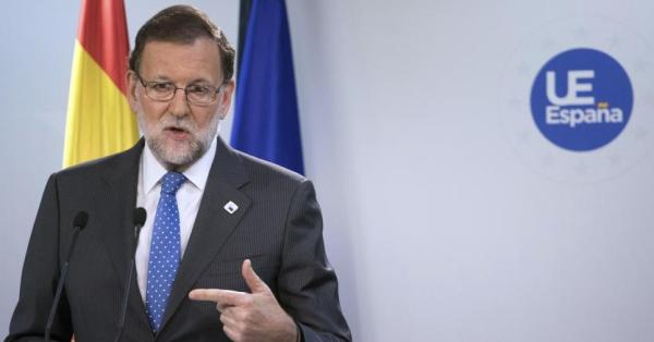 Spagna, via libera dei socialisti al governo Rajoy