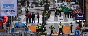 Attentato a Stoccolma, camion sulla folla