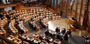 La Scozia consegna la lettera formale per il referendum per l'indipendenza
