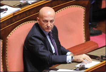 Minzolini, sì dell'Aula alle dimissioni: 142 favorevoli