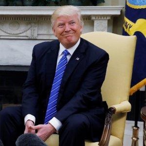 """""""Da Trump informazioni top secret ai russi"""""""