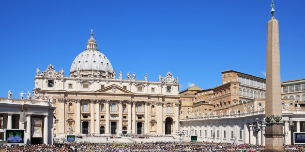 Mafiosi e corrotti, il Vaticano valuta la scomunica