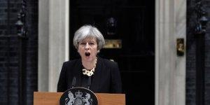 May e Corbin uniti nel cavalcare la reazione degli inglesi al terrore