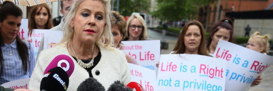 Irlanda del Nord: passa l'aborto gratuito