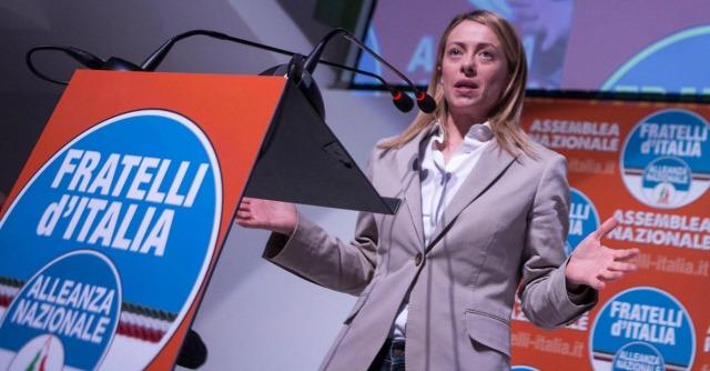 Alleanza Nazionale, vince la Meloni: il simbolo è di Fratelli d'Italia