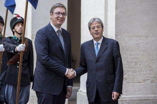 Gentiloni incontra il premier serbo Aleksandar Vucic