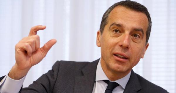 Migranti, Cancelliere austriaco chiama Gentiloni