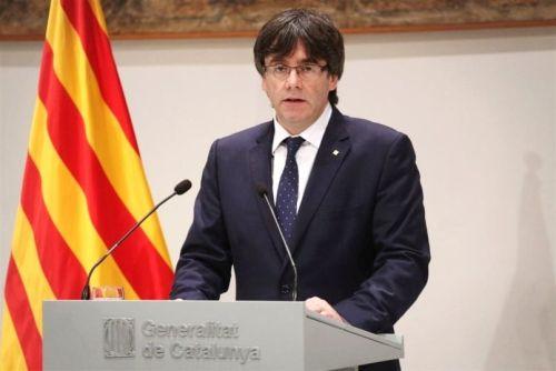 Puigdemont scappa a Bruxelles con 5 ministri. Chiederà asilo politico al Belgio