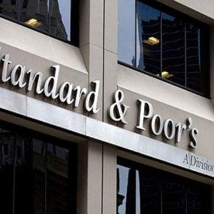 S&P rialza rating dell'Italia