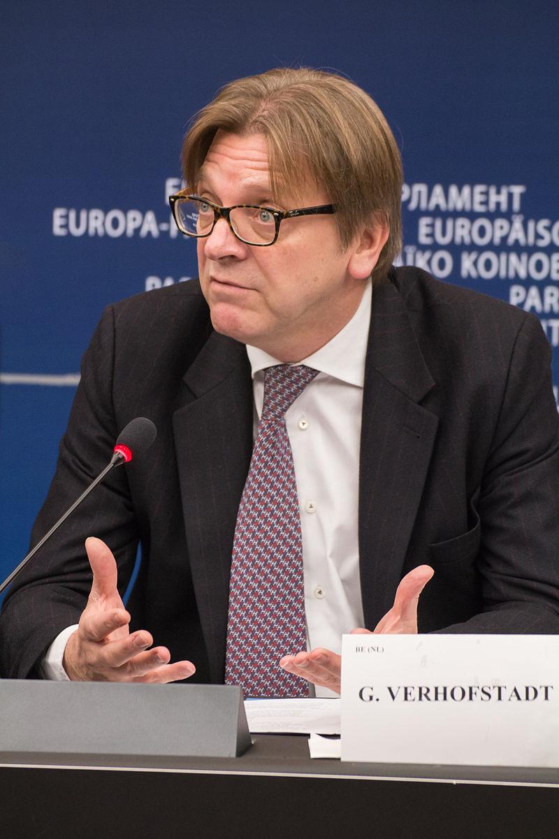 Belgio, Verhofstadt ancora premier