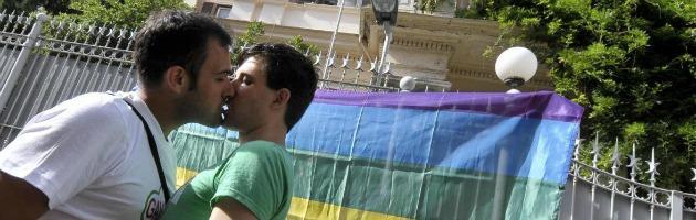 Camera, approvato ddl anti omofobia