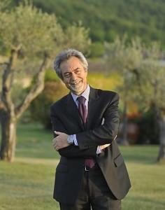 Governo Monti: si dimette il primo esponente