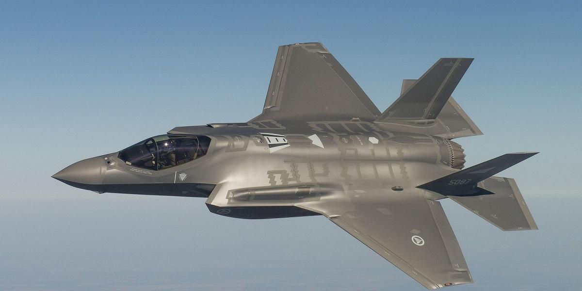 Respinta mozione di Sel per chiedere il blocco dell'acquisto dei cacciabombardieri F35