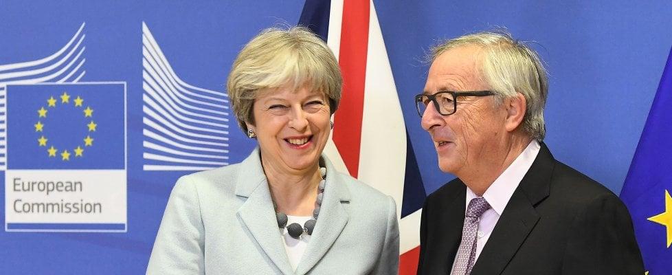 Brexit: Ue, c'è l'accordo. Può partire la seconda fase.