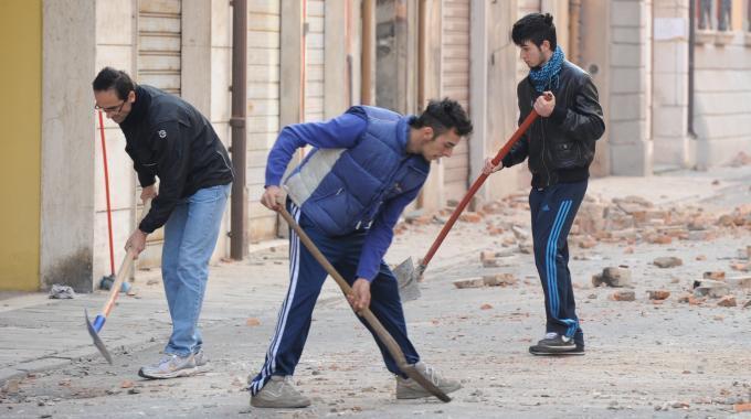 Terremoto, Monti firma il decreto Copertura al 100% per la ricostruzione
