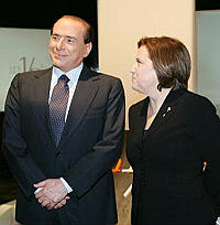 """Berlusconi abbandona gli studi di """"In Mezz'ora"""""""