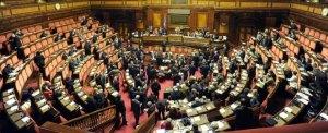 Il Senato approva la legge sulla tutela dei minori, resi orfani a causa di femminicidio.