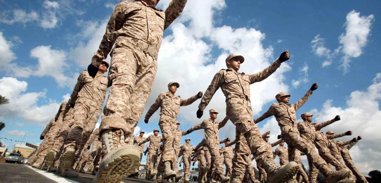 """Camera autorizza """"azioni mirate contro specifici obiettivi militari in Libia"""""""