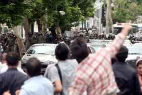 Elezioni Iran: vince Ahmadinejad; ma Mussavi denuncia brogli