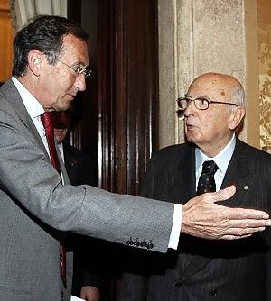 """Il Colle: """"Berlusconi dica se può andare avanti"""""""