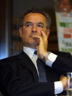 Lamberto Sposini se ne va dal tg5 e da Mediaset.