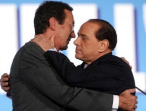 Ma Berlusconi lancia l' ultimatum Gianfranco dica sì o è fuori dal partito