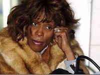 Mariah soccorre Whitney