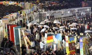 Muro Berlino, leader da tutto il mondo per i 20 anni dal crollo