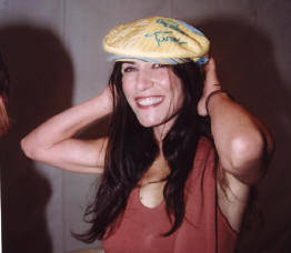 """Paola Turci """"Mangiatrice di uomini"""", il nuovo singolo. A fine settembre il nuovo cd"""