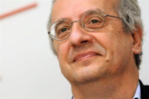 Veltroni: «Torno a partecipare alla vita del Pd»