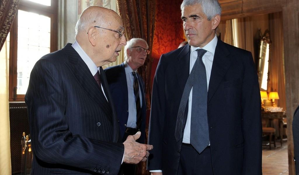 Anche Casini chiude a governo istituzionale. Napolitano verso incarico per tebntativo di governo di centrosinistra