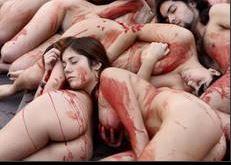 Animalisti nudi contro pellicce