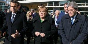"""Gentiloni-Macron-Merkel a Bruxelles, impegno comune su immigrazione e """"per battere populismi"""""""
