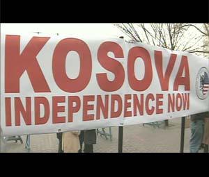 Il Kosovo imbocca la via dell'indipendenza nonostante il no della Serbia