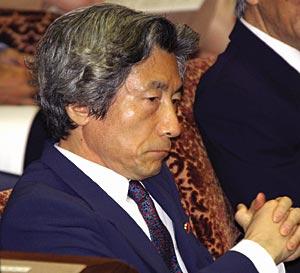 L'ex premier Koizumi si trasferisce in Italia