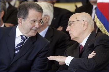 Napolitano respinge le dimissioni di Prodi e lo rinvia in Parlamento
