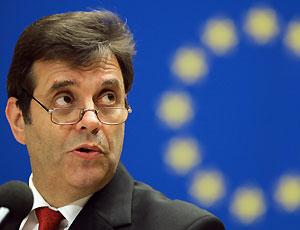 Serbia, il premier Kostunica si dimette