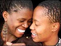 Sudafrica, il matrimonio è (anche) gay