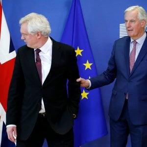 """Brexit, Barnier: """"Abbiamo un accordo per transizione fino al 2020"""""""