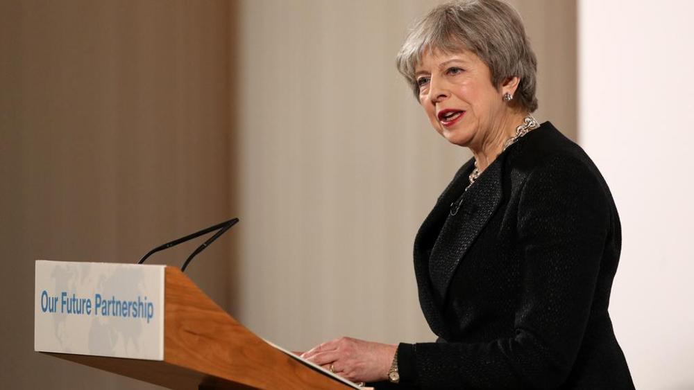 """Brexit, May: """"La libertà di movimento con la Ue è destinata a finire"""""""