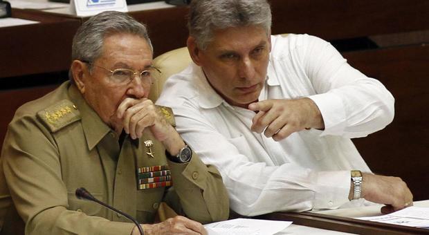 Diaz-Canel presidente, finisce l'era Castro: «No al capitalismo»