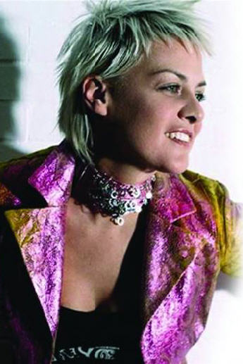 Indelebile di Irene Grandi, più rock, meno pop