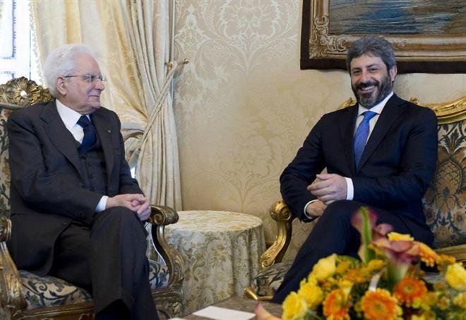 Mattarella incarica Fico per governo M5s-Pd. Martina attendista, Renzi chiude subito.